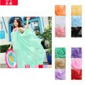 Caliente !!! Gasa delgada y plana con diseño de moda y toalla larga de playa de verano que se venden de forma mayorista en China