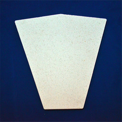 Refractory ceramic fiber board for furnace