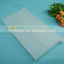 venta al por mayor de china equipo de apicultura colmena de plástico marco con un peine de fundación