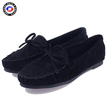 Wholesale flat sole slip on black shoes shiny for women
