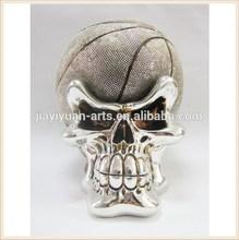 Resin halloween skulls craft / silver painted skull with ball
