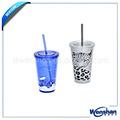 decorado copos de plástico com palha