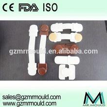 adjustable metal retractable safety gate