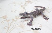 cast iron garden animal decor crocodile