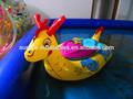 2014 novos inflável barco bump para as crianças brincar na água