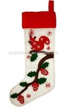 2015 New fashion handmade wholesale decorations fabric felt flowers bucilla large Christmas embroidered stockings kits China
