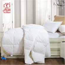 white baby quilt