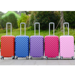 Large Suitcase Set Eminent Luggage