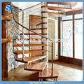 Acero Espiral Escalera / Escalera para dentro con cable barandilla madera rodadura