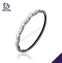 wholesale fashion trendy silver jewelry bangle case