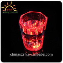led flashing cup,Popular bar LED Flashing whiskey rocks glass for Christmas, good seller