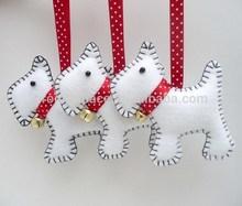 2015 new hotsale gold jingle bell metal crafts handmade fabric gifts felt tree decor wholesale hanging dog Christmas ornaments