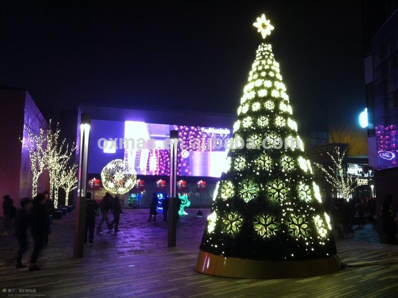 زيتة عيد الميلاد Christmas_tree_decoration_snowflake_hang_led_lights