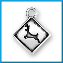costume deer engraved on square shape charm jewelry