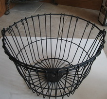 Customized High Quality Powder Coating Metal Garden Wire Basket