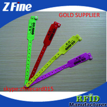 one time used pvc wrist strap with different colors