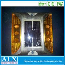 20 Tons Load Bearing,IP68 Aluminum LED Solar Reflector Road