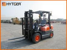 Hot sale 2.5 Ton Diesel Forklift Truck FD25/forklift stationary scissor lift