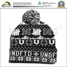 High quality jacquard custom mens knitted pom beanie hat