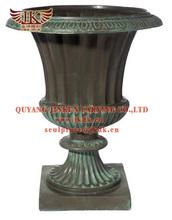 quayng carving bronze vase