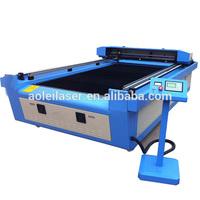 Leathe/Cloth Auto feeding cutting machine