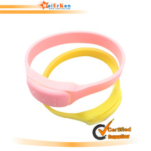 china wholesale colorful Fashional customerized silicone mosquito wristband hand bands