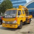 102hp 4*2 forland camiones grúa con cesta colgante 2.5 tonelada