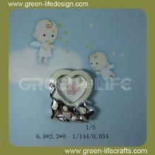 Del corazón del bebé huellas marcos