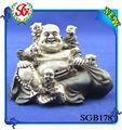 cinco sgb178 baby buda jogando com grande jardim buddha estátua de buda