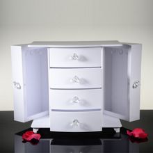 """Glass Jewellery Counter Desk For Jewellery Display,"