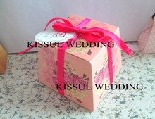 2014newest Wedding favors candy boxes with rose pattern
