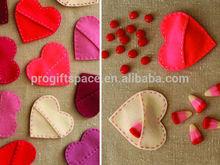 2015 new hot sale fabric crafts handmade birthday party wholesale China X-mas decoration felt heart shaped wedding invitations