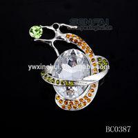 Custom made fashion new style diva rhinestone brooch pin