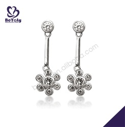 Dazzling flower shape design silver beauty earrings glamour