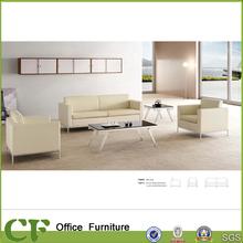 divano di lusso in pelle bianca per ufficio