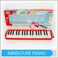 เด็กพลาสติกของเล่นเครื่องดนตรีเปียโนขนาดเล็ก