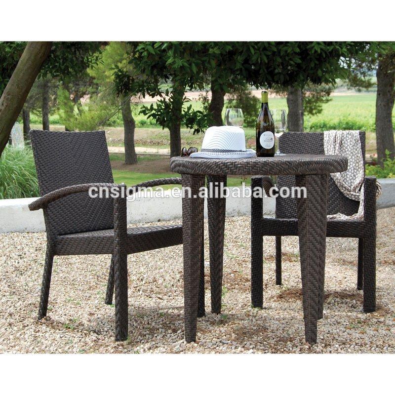 qualit tsgesicherte gartenm bel rattan tisch und stuhl f r caf. Black Bedroom Furniture Sets. Home Design Ideas