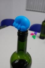 silicone wine stopper
