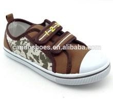 PVC sole canvas upper buckle shoe