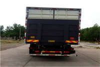 8*4 FOTON box truck delivery van truck for sale