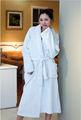 الجملة مثير المرأة البشكير رداء الحمام لفندق مصبوغ عادي اللون الأبيض النقي