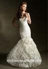 Gorgeous Sweetheart Ruffle Mermaid Long Train Wedding Dresses Country Style