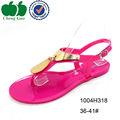 Diferentes fadema estilo asiático 2014 las sandalias de los zapatos para mujeres