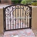 elegante ferro forjado portas de entrada
