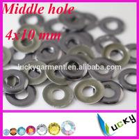 2014 new design korean hotfix nailheads middle hole iron on studs 4x10 mm