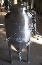 Beer fermentation tanks, beer brewing system plant