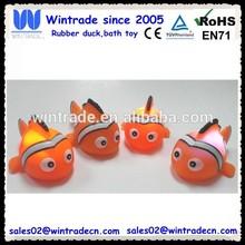 Flashing sea animals led clown fish
