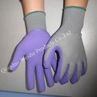 Industrial foam coated work gloves