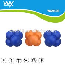 2.5'' 6 Bump Handle Rubber Reaction Ball