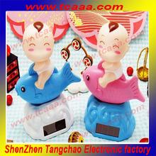 2014 wholesale solar miniature toy plastic figurines